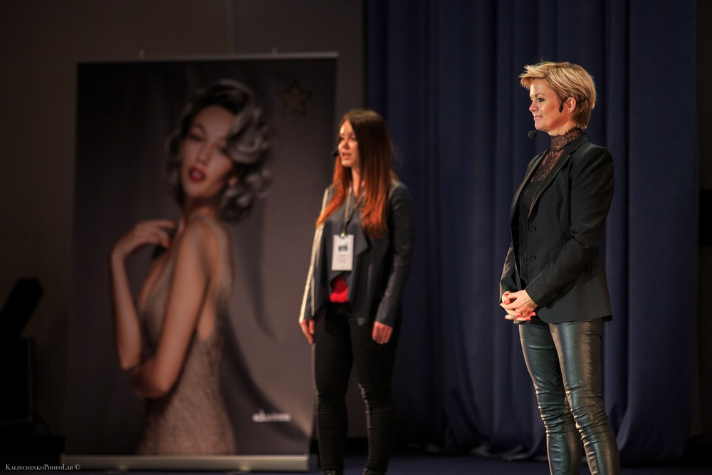 kirstenshow2017-8
